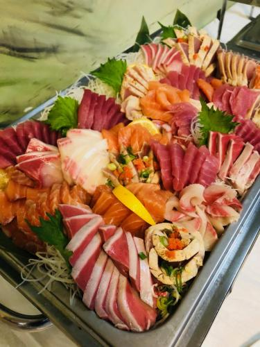 Sashimi plate (additional items)